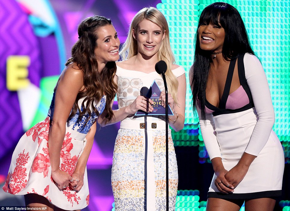 2B6C4A4900000578-3200429-Fox_stars_Lea_Michele_Emma_Roberts_and_Keke_Palmer_of_the_upcomi-a-4_1439783768435