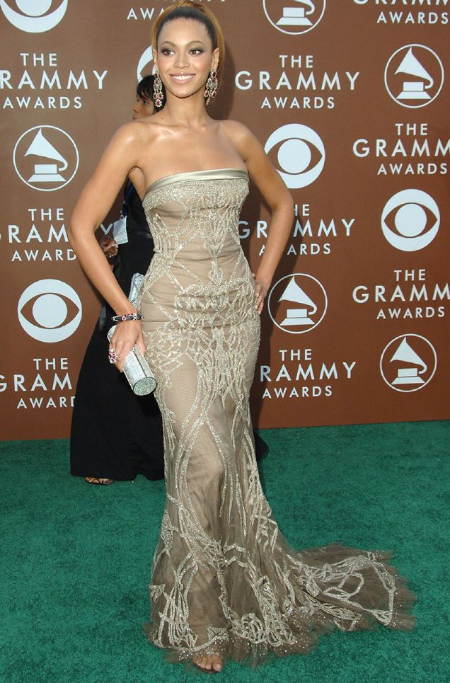 Beyonce at the 2006 Grammy Awards