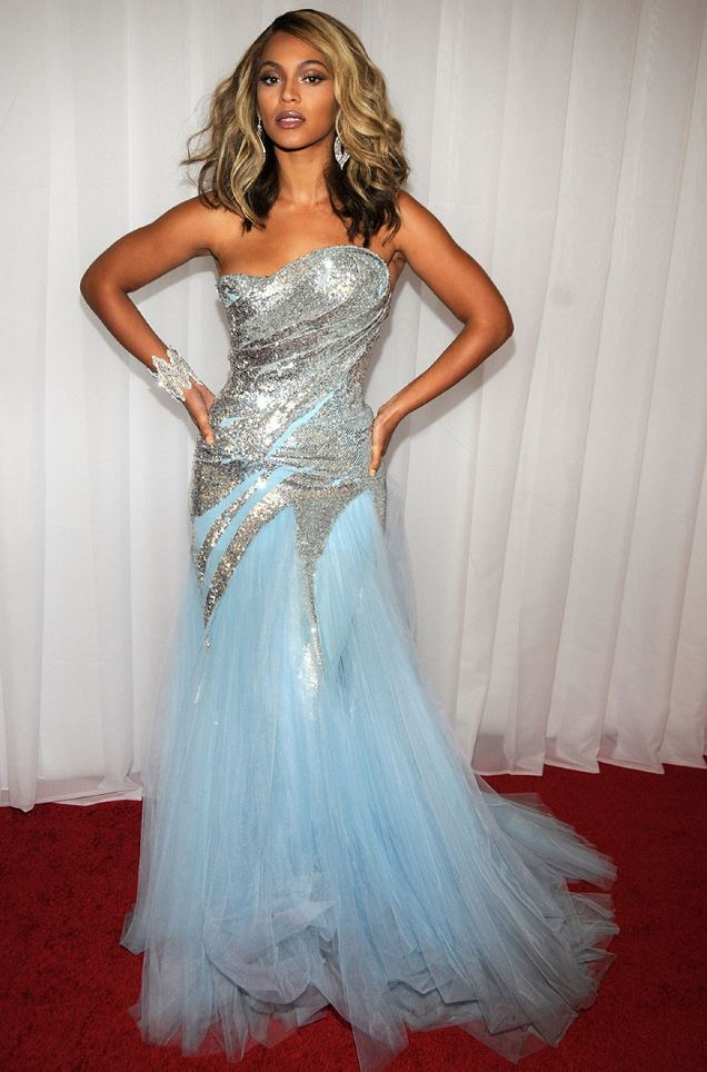 Beyonce at the 2008 Grammy Awards
