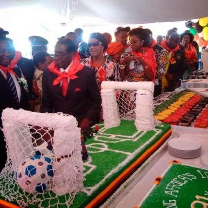 Birthday-Mugabe-5