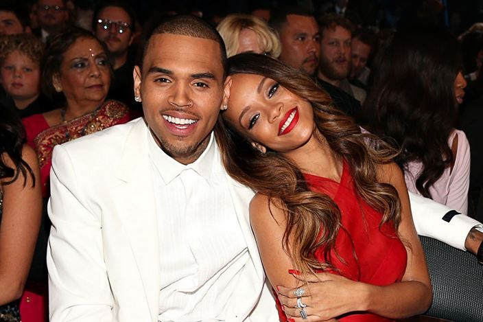 CB-Rihanna-th