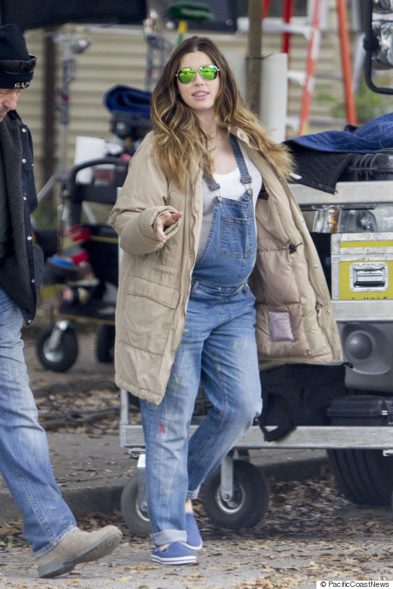 EXCLUSIVE: Heavily Pregnant Jessica Biel seen wearing dirty denim overalls on the set 'The Devil and The Deep Blue Sea'