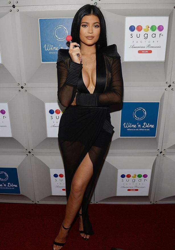 Kylie-Jenner-2