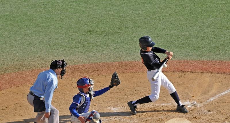Little-League-players-via-Shutterstock-800x430