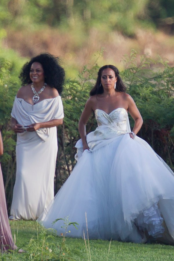 Diana Ross and her family celebrrate the wedding of her daughter Chudney Ross in Maui
