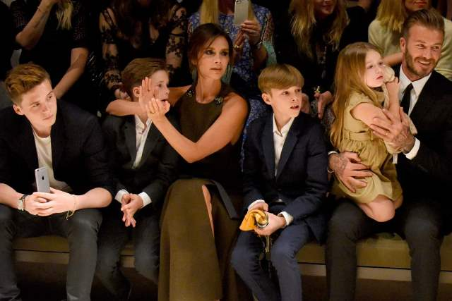victoria-beckham and family